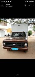 Título do anúncio: Caminhão baú f4000 ano 84