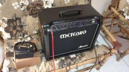 Amplificador para guitarra meteoro Absolut 50w 16 efeitos + drive + footswitch
