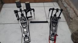 Pedal duplo para Canhoto marca Adah modelo PB-00215