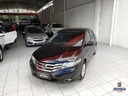 Título do anúncio: Honda - City Sedan LX 1.5 - 2013 - Aceito carro ou moto como entrada
