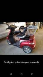 Título do anúncio: Vendo moto elétrica para cadeirante ou pessoas idosa ou para uso de como quiser