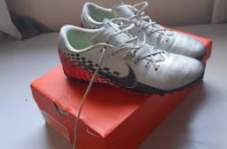 Chuteira Society Nike Vapor 13 Academy