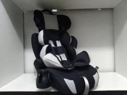 Cadeirinha de 9 a 36kg vira assento, bem compacta