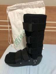 Bota ortopédica sem uso