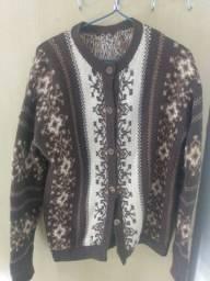 Título do anúncio: Blusa de Lã estilo casaco