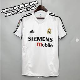 Camisa retrô do Real Madrid 2004/2005