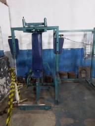 Máquinas musculação academia de ginástica