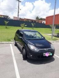 Fiesta 1.0 8v flex 2010/11  R$19.500 (particular).