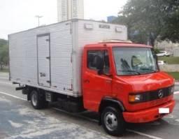 Caminhão MB 710