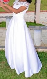 Vestido de noiva (usado apenas uma vez)
