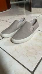 Título do anúncio: Sapato Slip On Forum