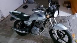 Suzuki yes ano 2000