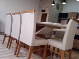Título do anúncio: Mesa de jantar madeira e acabamento laka de 8 lugares