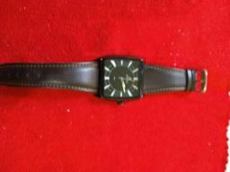 Relógio a venda