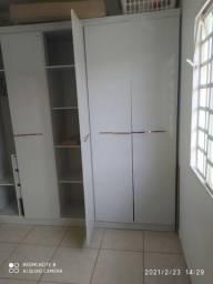 Guarda-roupas 6 portas