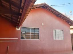 Vendo excelente casa usada, no Nova Lima.