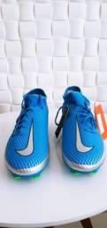 Título do anúncio: Chuteira de campo Nike