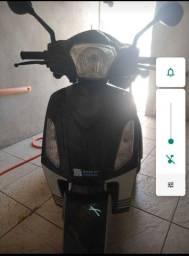 Triciclo elétrico para adultos