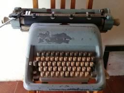 Máquina de datilografia Triumph 1977