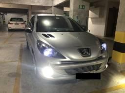 Peugeot 207 - 2012