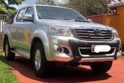 Toyota Hilux SRV 4x4 Diesel - 2014