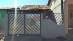 Casa com 2 dorm. e doc ok p/ financiamento em Cosmópolis-SP (CA0133)