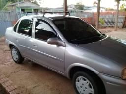 Corsa Sedan. Preço baixo - 2001
