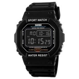 Relógio Skmei Masculino Preto, Fundo Preto, Novo!! (Estilo G Shock DW 5200)