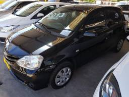 Toyota etios 1.3 hb XS 16V flex 4p manual 2013 - 2013