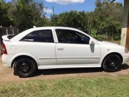 Astra Hatch 1.8 GL