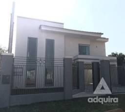 Casa sobrado com 4 quartos - Bairro Cará-cará em Ponta Grossa