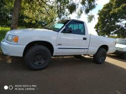 S10 Diesel R$ 19.990 - 2000