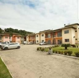 Apartamento no Village l, a 700 metros da praia
