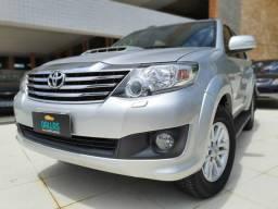 Toyota Hilux SW4 3.0 SRV 7 Lugares 2014 nova - 2014