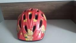 Capacete de ciclista vermelho em perfeito estado tamanho M