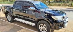 Toyota Hilux SRV 4x4 - Automática - Top de Linha