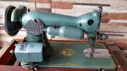 Rara máquina des costura japonesa
