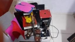 Maquina de fazer chinelo usada