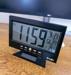 Relógio de mesa digital Preto e LCD com Iluminação LED Temperatura e alarme