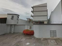 Aluga-se Apartamento na Av. Visconde do Rio Branco com 02 Quartos