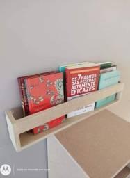 Expositor de livros em MDF cru FABRICAÇÃO PRÓPRIA