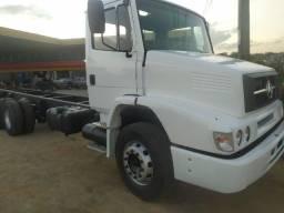 Título do anúncio: Caminhão MB L1620