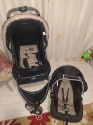 Vendo carrinho de bebê Fox + bebê conforto- capuccino