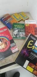 Título do anúncio: Vem do esses livros  é dicionarios