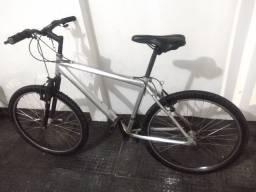 Título do anúncio: Bicicleta aro 26 Toda boa!