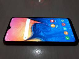 Samsung a10 top 32gb 2gb de RAM androide10