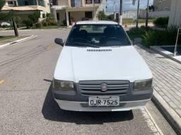 Fiat uno 2013 com ar