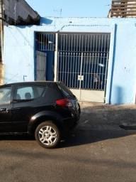Casa com 3 dormitórios e Garagem Coberta - Bairro Canhema/Diadema-SP