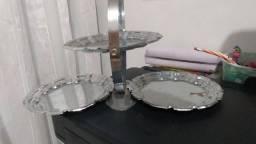 Linda petisqueira em inox (3 bandejas) - ótima para decoração de mesa