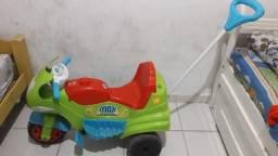 Moto pra carregar a criança